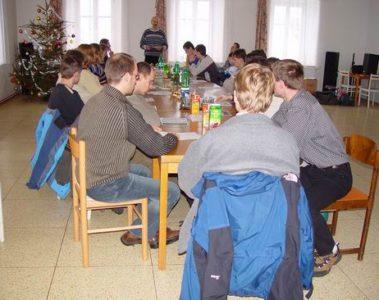 Schůze členů 2004