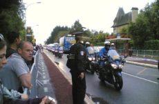 Konvoj policistů